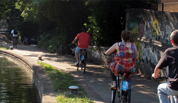 cyclist canal - Home